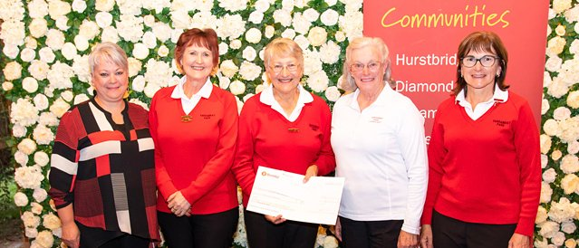 Members of the Yarrambat Golf Club receiving a sponsorship presentation cheque from the Community Bank  branch manager